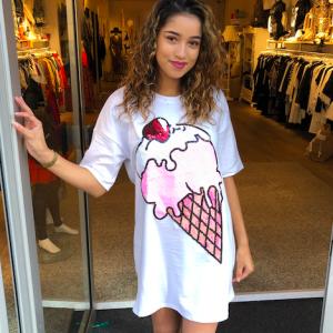 T-shirt dress icecream white