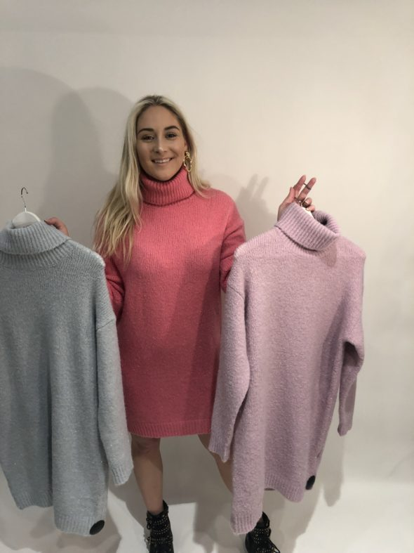 Knitted col sweater dress different colors