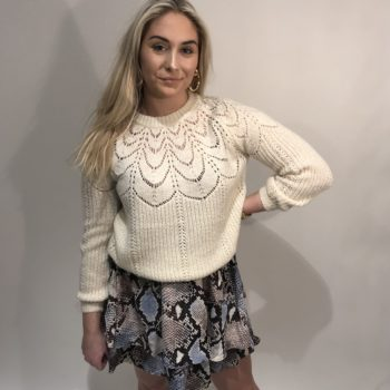 Knitted sweater off white