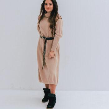 Col dress beige